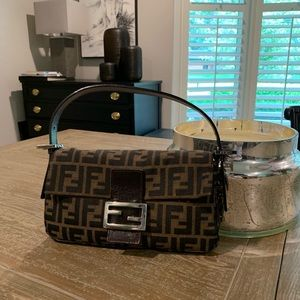 Vintage Authentic Fendi Zucca Baguette